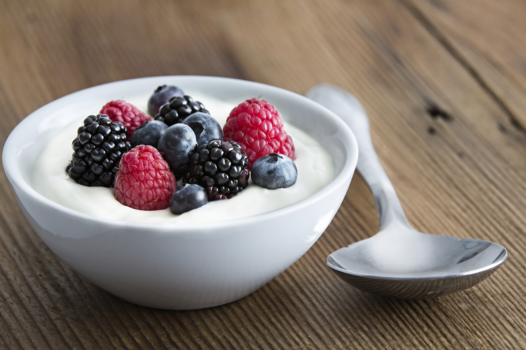 For a healthier yogurt, BYOB (bring your own berries) image: ozgur coskun