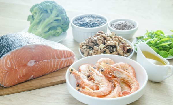 Plant-based_and_animal_sources_of_Omega-3_acids_