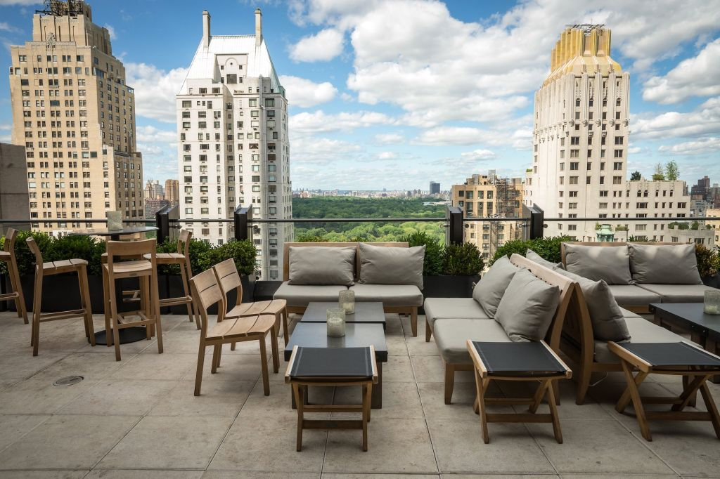 9 nyc rooftop bars not to miss long island pulse magazine for Terrace on the park menu
