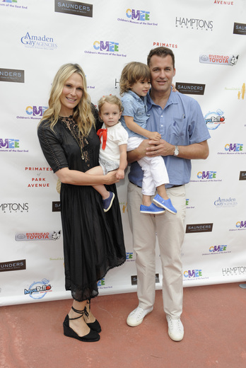 Model Molly Sims and Film Producer Scott Stuber and children Scarlett May Stuber and Brooks Alan Stuber attend the Children's Museum of the East End's (CMEE) 7th Annual Family Fair at Childrens Museum of the East End on July 18, 2015 in Bridgehampton, New York. (credit: matthew eisman/getty images for CMEE)