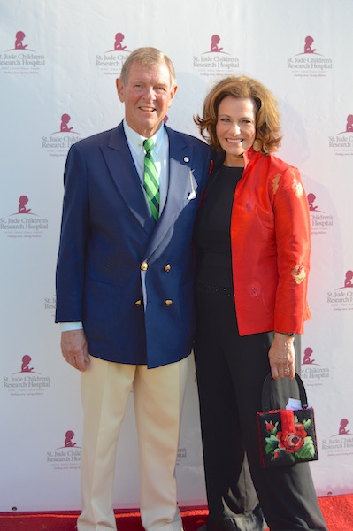 Alan Roberts McFarland , JR and KT McFarland  at the St. Jude Children's Research Hospital fundraiser, Hope in the Hamptons. image: vanessa pinto