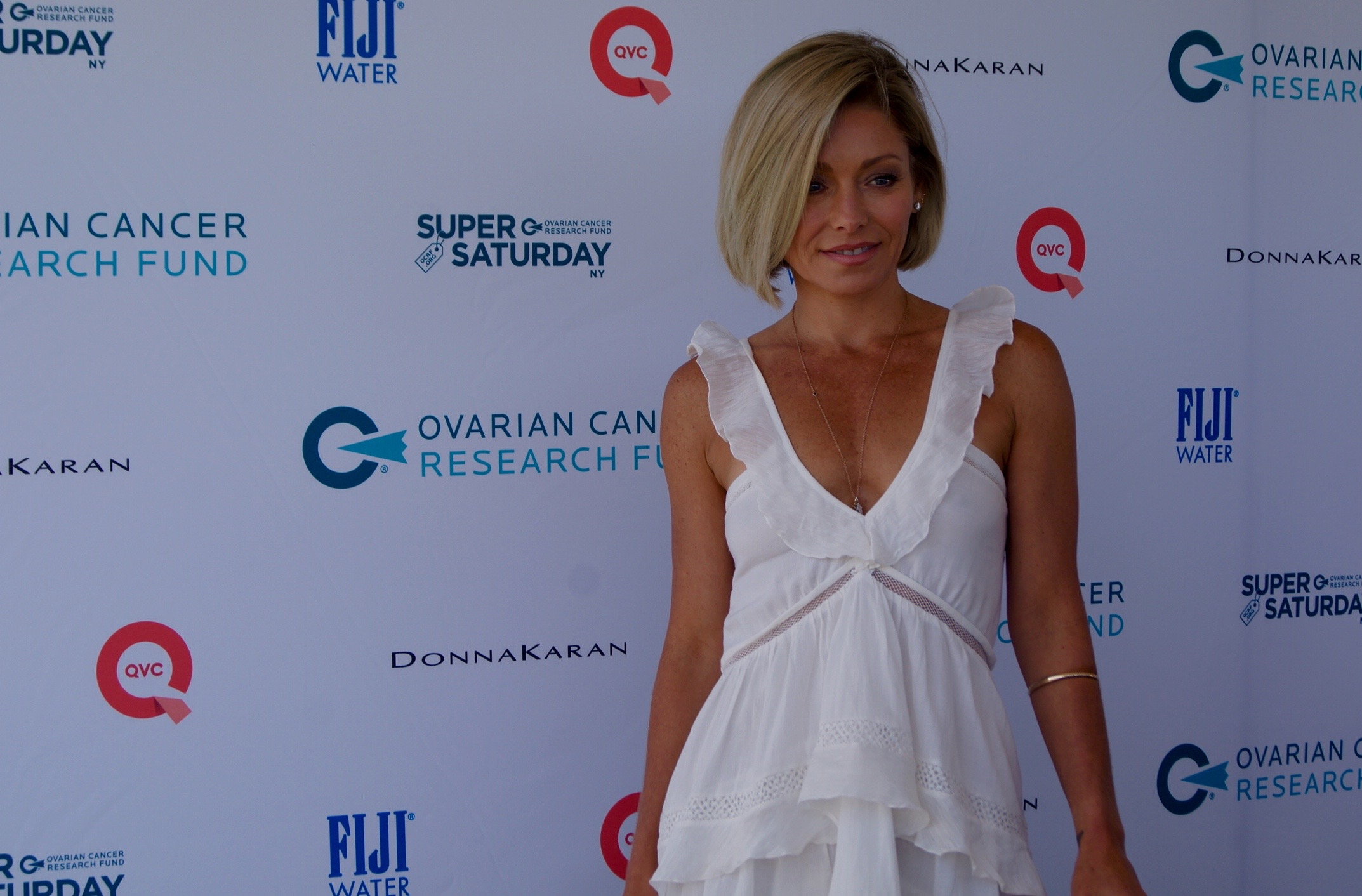 Kelly Ripa co-hosted OCRF's Super Saturday 2015 with Donna Karan. image: bridget shirvell
