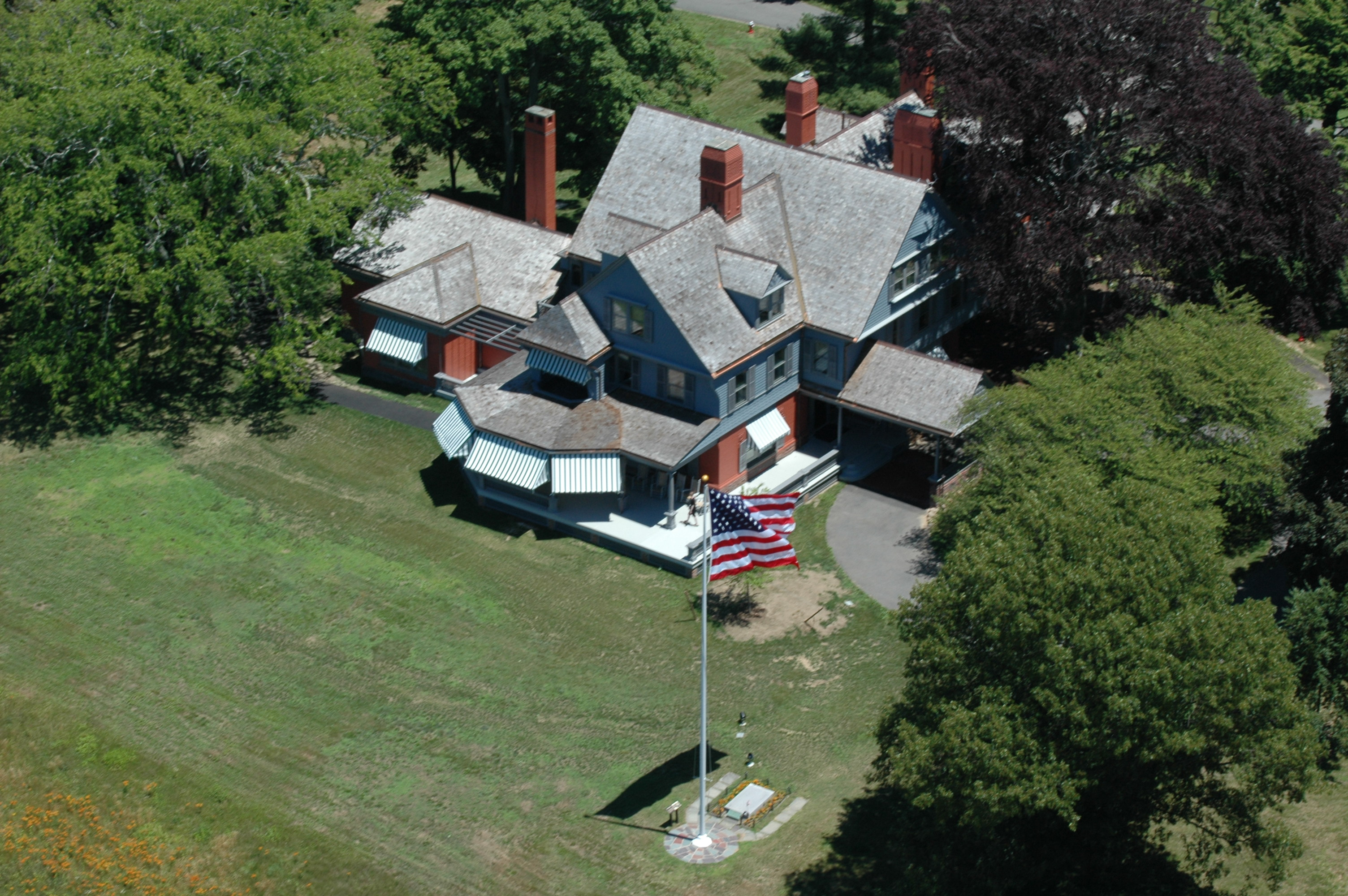 Ariel of Theodore Roosevelt House. image: sagamore hill national historic site