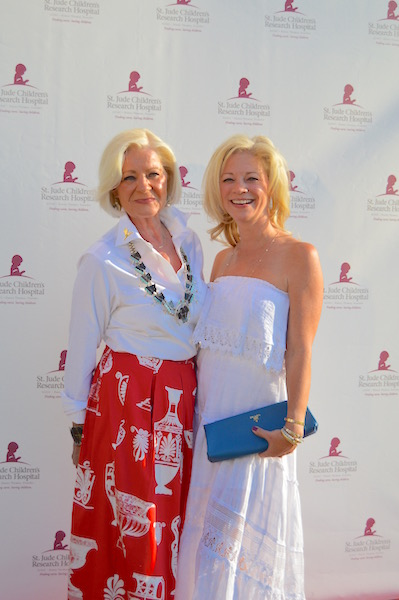 Elizabeth Gregg and Jennifer Myles at the St. Jude Children's Research Hospital fundraiser, Hope in the Hamptons. image: vanessa pinto