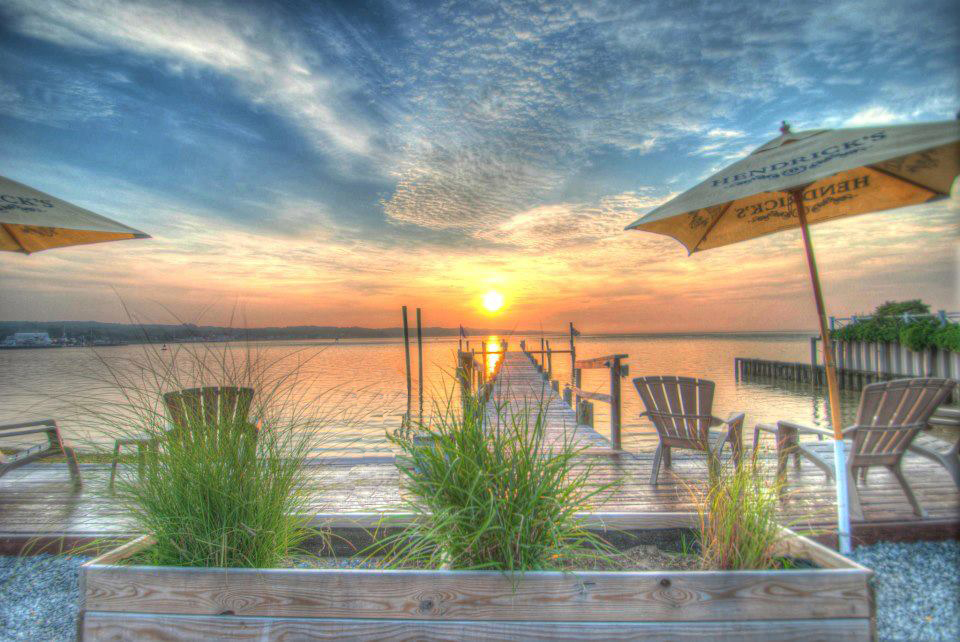 dock and dine restaurants long island sound