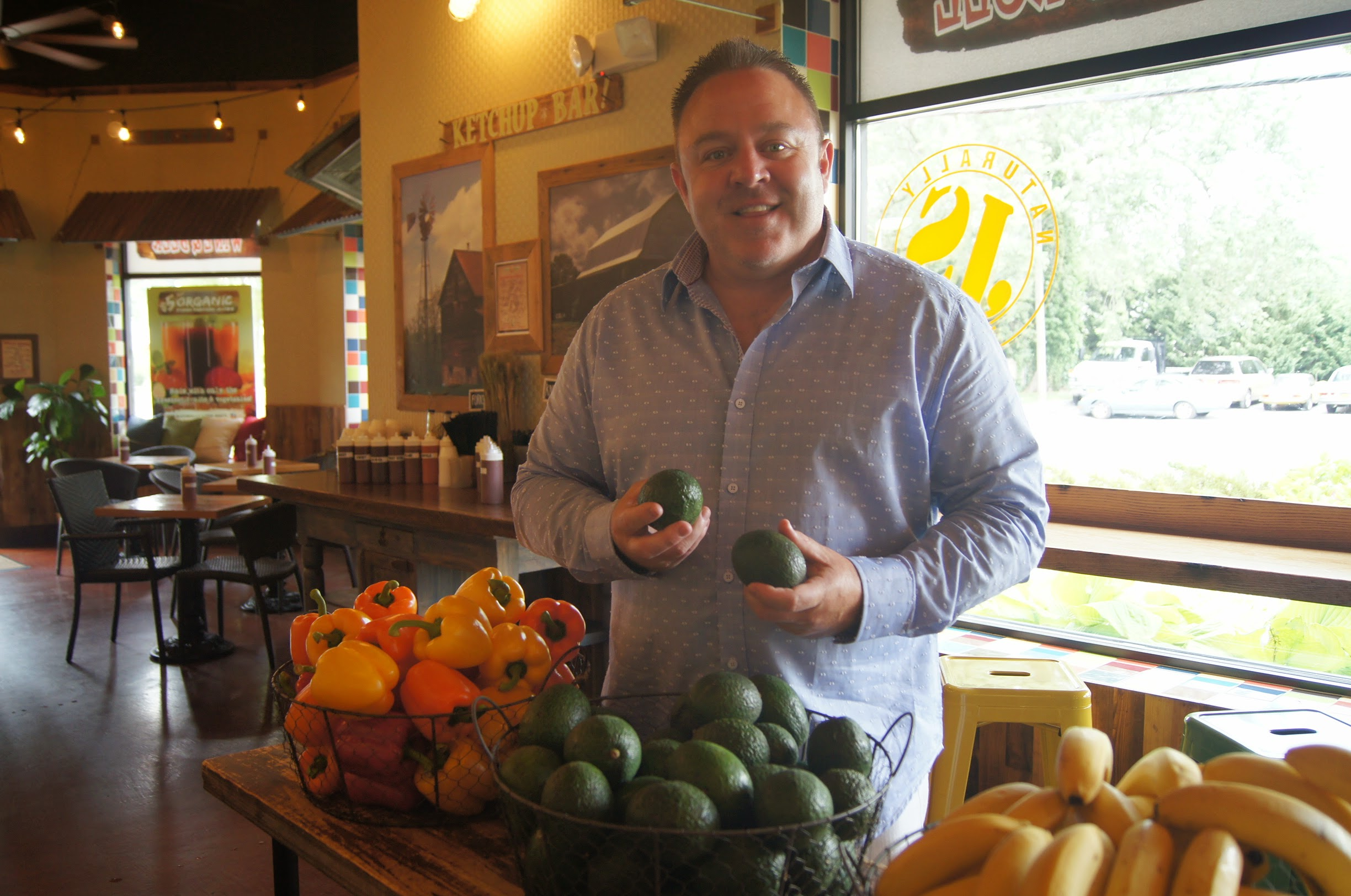 Restaurateur Willie Degel expands into high quality organic dining done fast