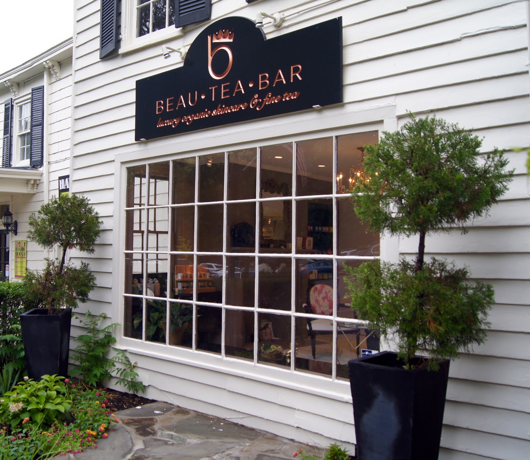 Cold Spring Harbor's Beau Tea Bar is the Island's first green beauty store. image: bridget shirvell