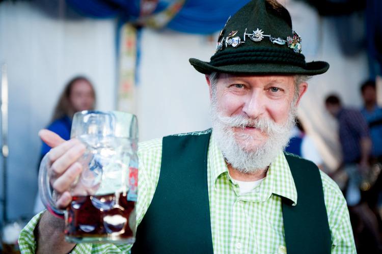 zum-schneider-nyc-2014-oktoberfest-munich-east-river-5947