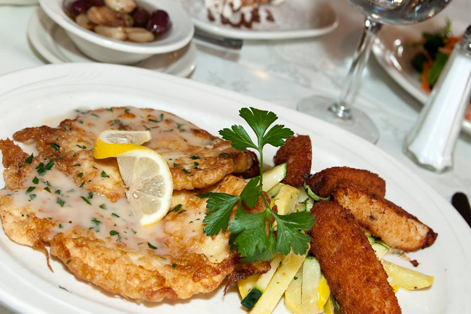 Pollo Sorrentino…Pan seared boneless breast of chicken, awaits. image: ristorante gemelli