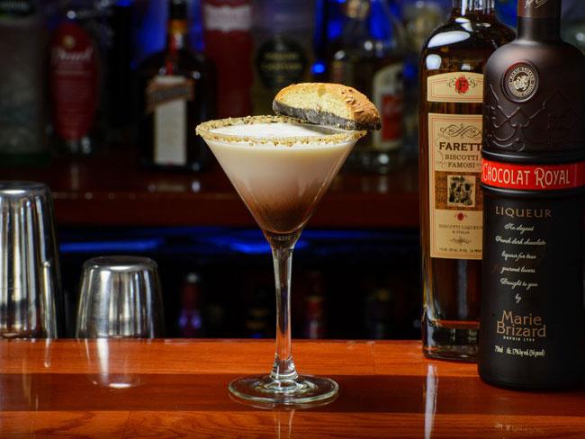 "Biscotti Martini  Marie Brizard biscotti liqueur, Stoli vanilla vodka, Frangelico, cream, Marie Brizard ""Chocolat Royal"" liqueur, biscotti cookie"