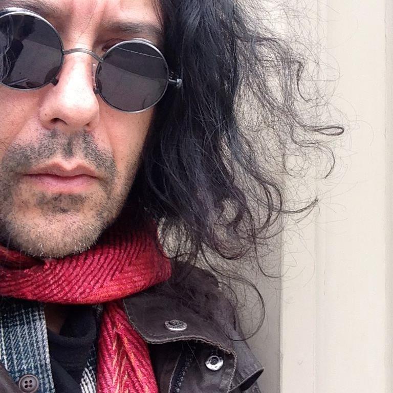 Xiomaro restored Fischetti's photo free of charge