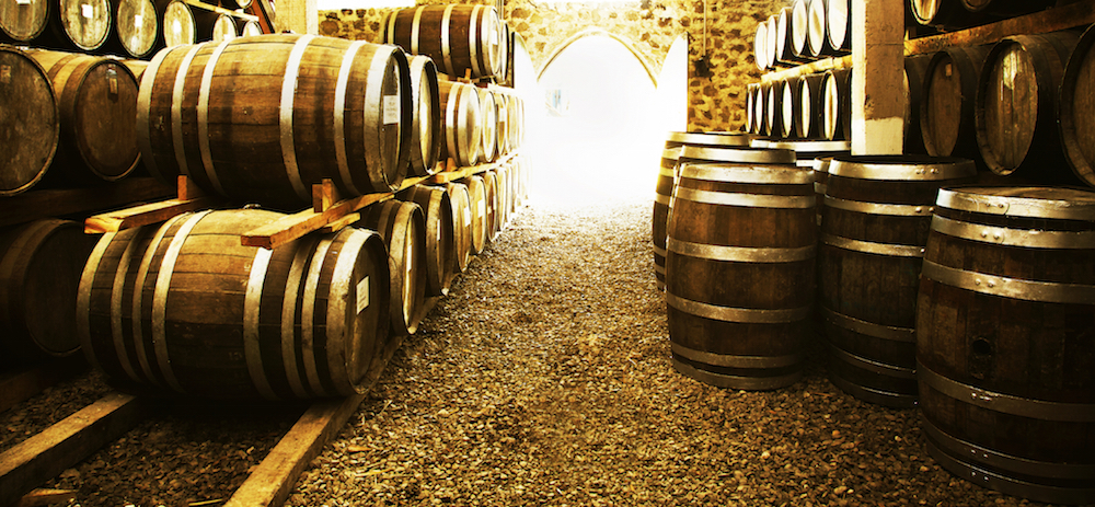 Learn all about barrel aging at a wine harvest festival. image: camaralenta