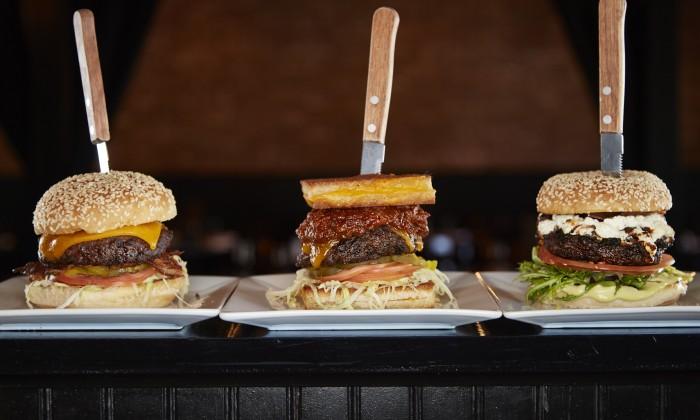 MKP_3-burgers_1-700x420