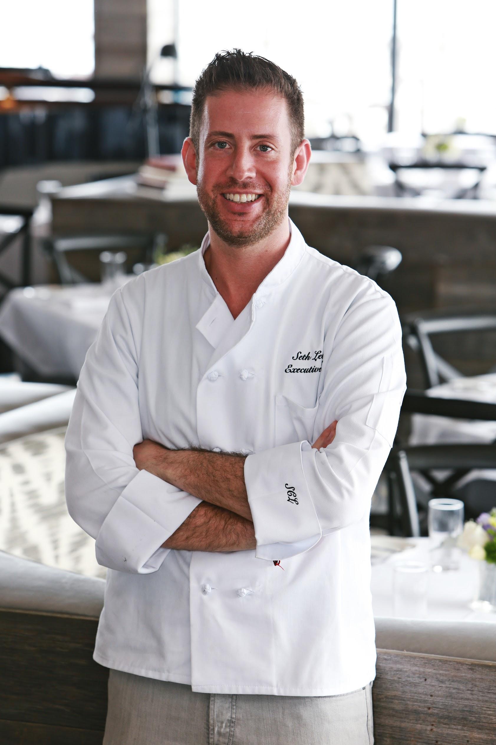 Seth Levine headshot