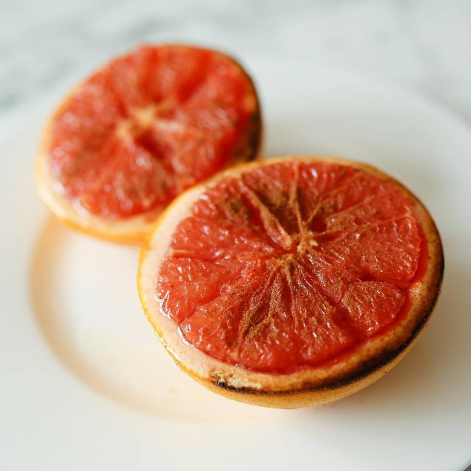 Red grapefruit with honey and cinnamon image: facebook.com/ourharvest