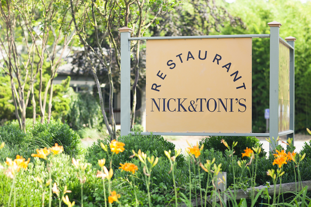 places to go in the hamptons