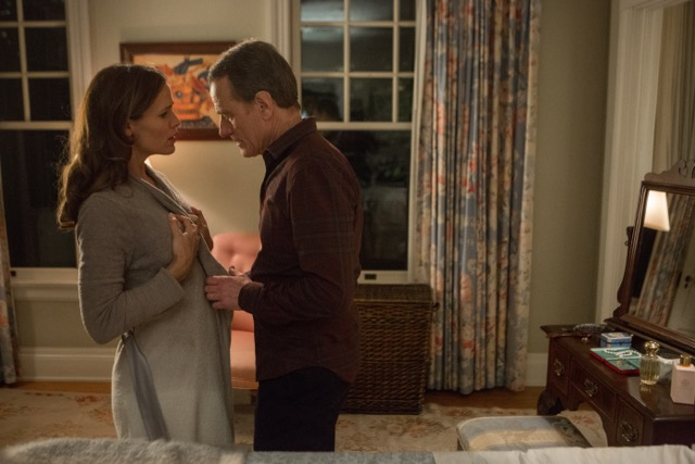 Jennifer Garner and Bryan Cranston play a married couple in 'Wakefield'