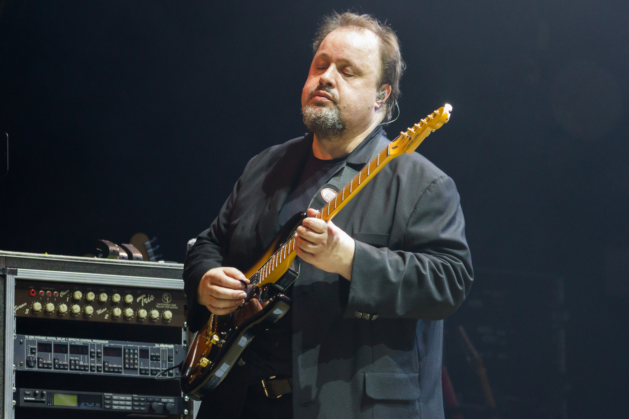 Steve Rothery, guitar, Marillion, Wolves, 2015, Saturday