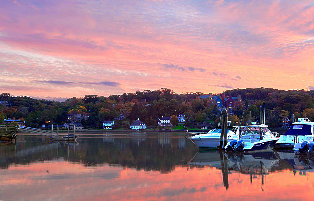 Cold Spring Harbor_Francis Vizza_flickr