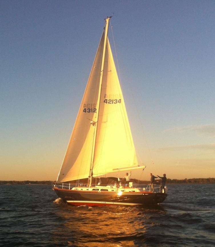 DB-III.under.sail