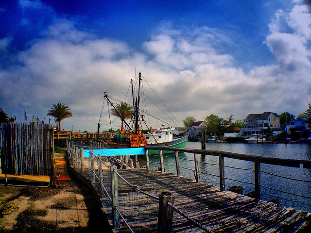 Nautical Mile_-damn_que_mala-flickr