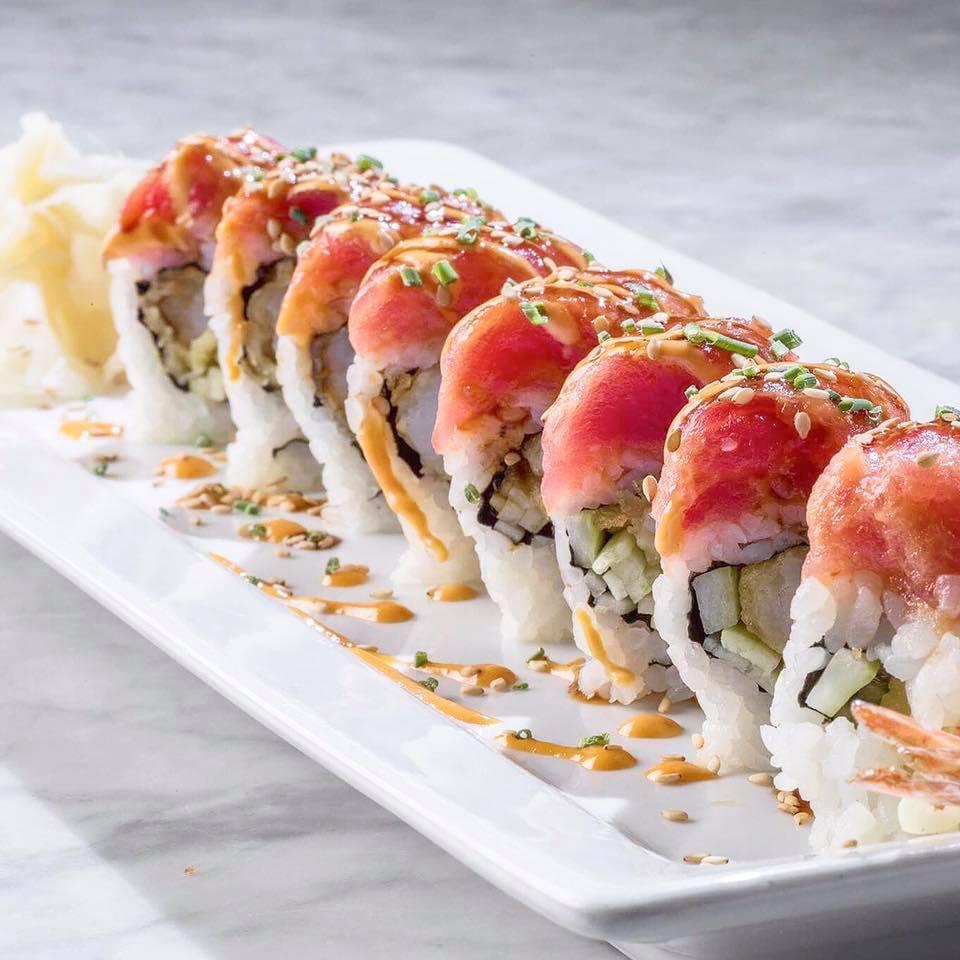 Crispy shrimp tempura roll_H2O Seafood and Sushi