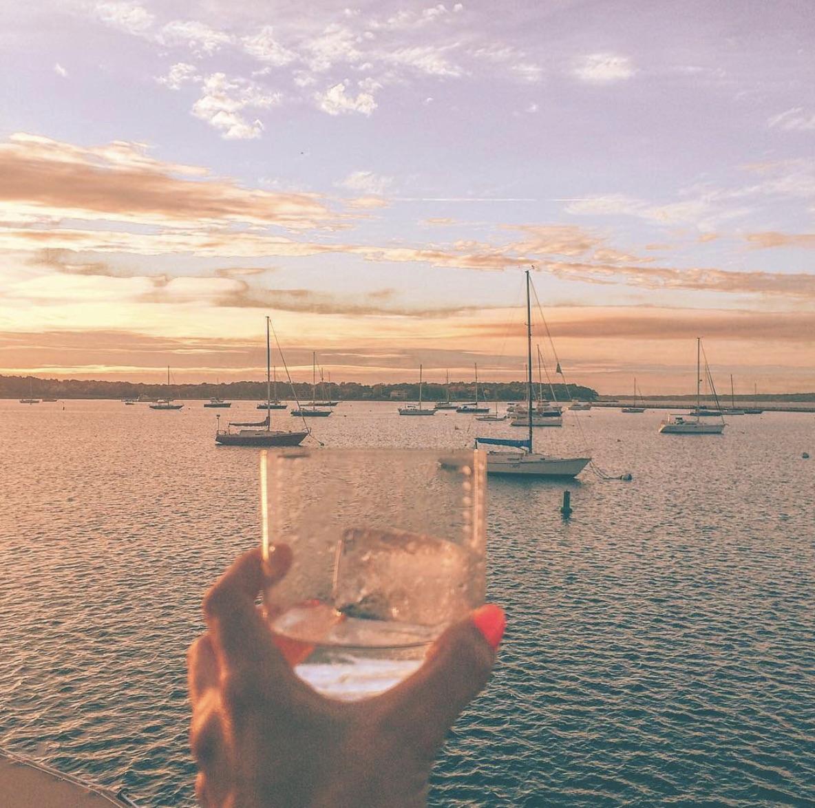 instagram Drink on waterfront
