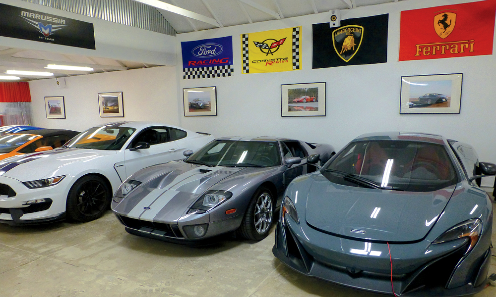 Fast Toys Club offers a wide range of supercar rentals that will have you looking like a Beverly Hills native.