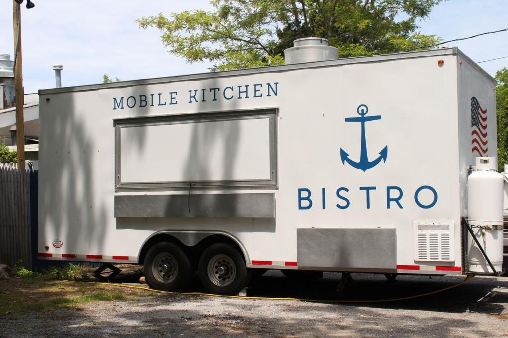 image: bistro mobile kitchen