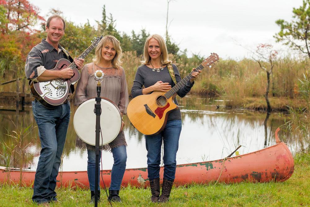 L-R: Todd Evans, Terri Hall and Christine Kellar of He-Bird, She-Bird. image: erin pelkey