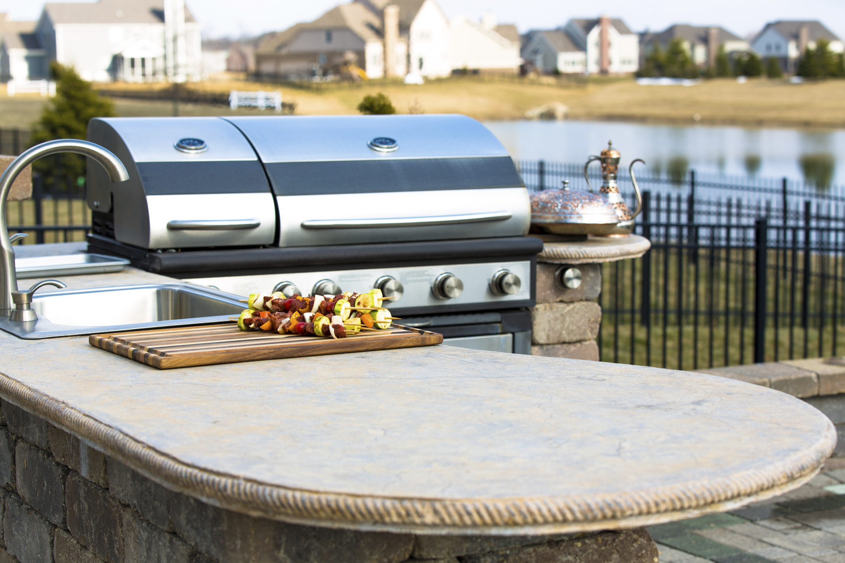 5 Tips for Designing an Outdoor Kitchen | Long Island Pulse ...